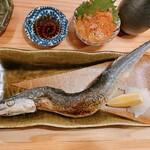 Ginsharigenshiyakishokudourobin - 秋刀魚と塩辛