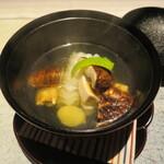 140600634 - 椀物 鱧と先ほどの松茸がたっぷり