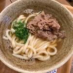 140602374 - 大阪といえば肉うどん♡