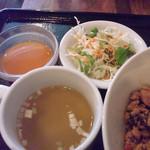 カオティップ - サラダ・スープ・デサート by shoeshouse