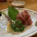 東岡崎 明月 - 脇口さんの「海桜鮪」のぶつ切り