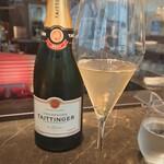 エノテカ・ミレ - 007に乾杯!