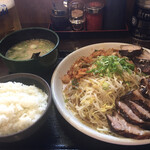 にんにくラーメン 幸ちゃん - 盛り合わせ定食(大)と生中