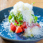cafe SPICE - トマトとふわふわチーズのサラダ