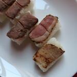 梅田肉料理 きゅうろく - ローストビーフ・合鴨ロース・豚の角煮