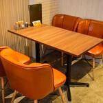 うどん×ちょい呑み 川崎うどん - テーブル2