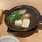 もりいろ - 牡蠣と豆腐の小鍋