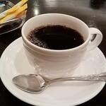 京橋モルチェ - コーヒーを付けてもらいました。400円也