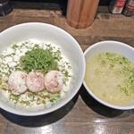 十人十色 - 料理写真:「ペコリーノロマーノの青唐辛痛汁なし麺」¥900