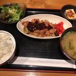 鶏焼肉のんき - 鳥焼肉定食(750円)