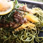 ねり天・瓦そば 味のかけ橋 - 錦糸玉子と甘辛のお肉が最高