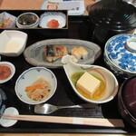 オールデイダイニング カメリア - 和朝食