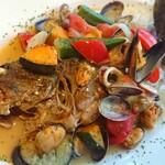 セレーノ - 料理写真:白身魚と海の幸のアクアパッツァ ¥1280