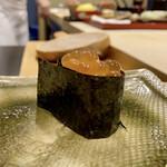 鮨かねみつ - 追加のイクラ イクラの美味しさにもう一つこの日の締めに追加しました♪
