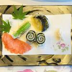 黒潮本陣 - 油物:太刀魚磯辺揚げ・茄子・青唐・海老煎餅・藻塩