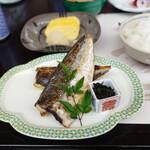 匠の宿 佳松 - 料理写真:大きな鯵の開き