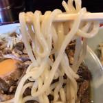 140680878 - 麺リフト