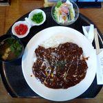洋食屋 グリル ラパン - ハヤシライス(780円)
