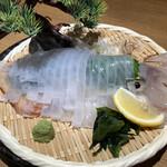 泳ぎイカ×もつ鍋 九州料理 弁慶 -