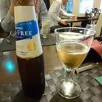 140732132 - ノンアルコールビールでかんぱーい