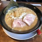 北海道ラーメン倶楽部 三代目蝦夷 - 豚骨味噌ラーメン