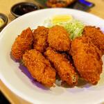 炭火焼もん きんちゃく家 - 牡蠣フライ  ホント大粒 食べ応えあります。