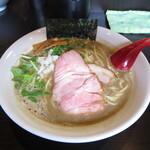 麺処 夏海 - 煮干豚骨ラーメン 850円