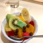 どんぐり - フルーツみつ豆 ¥530 (税込)