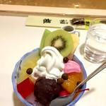 どんぐり - スペシャルクリームあんみつ ¥580 (税込)