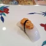 寿司栄 華やぎ - イカと雲丹