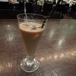 リラックスカフェ - アイスカフェオレ