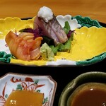 140781425 - 鰤の藁焼きには長芋。焼けた部分の舌触りが滑らかになりました。 大好きな赤貝は甘みの少ない酢味噌で美味しい。