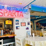 SPARTA - サントリーニ島を思い出させてくれる青白の色使い