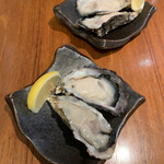 湘南バルはなたれ The Fish and Oysters - 生牡蠣