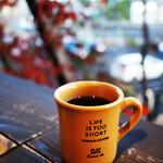 フラットホワイト コーヒーファクトリー - ドリンク写真: