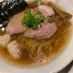 麺屋 侍 - 名古屋コーチン支那そばアップ