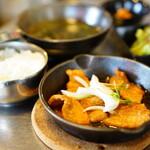 韓国風居酒屋オソオセヨ - 豚肉(バラ肉)のコチュジャン焼き定食 (¥1,000税込)