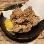 博多串焼もつ煮込み うっとり - うっとり白醤油唐揚(580円)