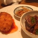 洋食 おかもと - 牛肉アスパラロール&かにクリームコロッケ