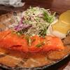 もりたろう - 料理写真:サーモンマリネ(分厚い!)