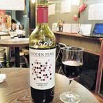 和×伊 大衆酒場カランコロン - ドリンク写真:赤ワイン