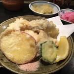 とんかつ かっぽう 車屋 - ・日替わり定食[魚の天ぷら]