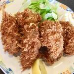 食堂もり川 - カキフライです 大粒の牡蠣が6つです これは嬉しいボリュームです