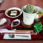 さくら茶屋 - さくらぜんざいモーニング700円(アイス抹茶、さくらチーズハーフ)
