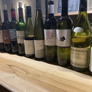 <当店自慢のグラスワインが豊富>