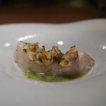 エニェ - 真鱈のコンフィ アサリのパセリソース