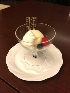 カフェ レックコート - アイスクリーム バニラ