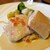 カフェ クベール - しっとり仕上げたサーモンのコンフィとサフラン風味のピラフ〜いくら入りブールブランソース