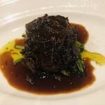 bisutorogyaro - 黒毛和牛の頬肉のワイン煮込み