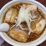 御食事処 いしい - 勝浦タンタンチャーシュー麺 上には玉ねぎスライス乗ってます。 白胡麻がいい風味を出してる。